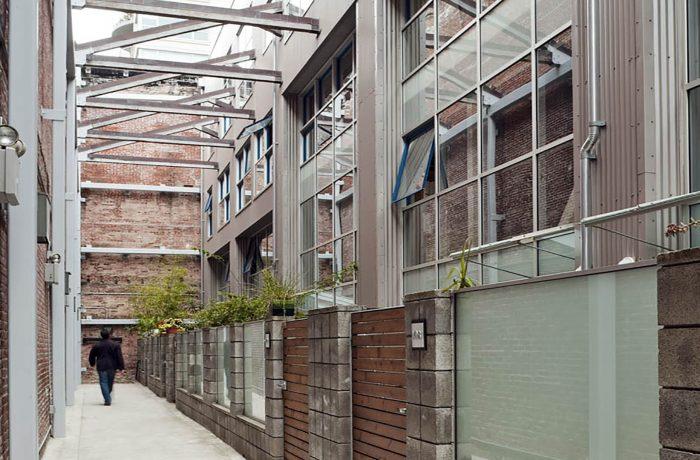 Oriental Warehouse